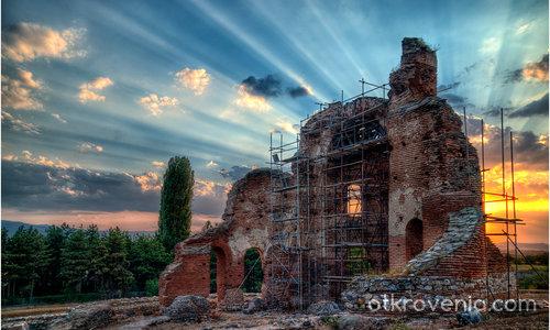 Черквата в ремонт