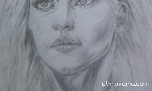 Лице на жена