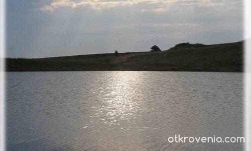 Сребърното езеро