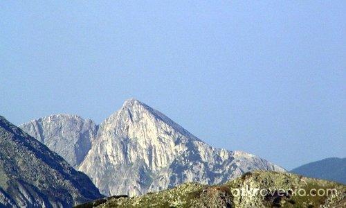 Синаница - от височината на Вихрен!