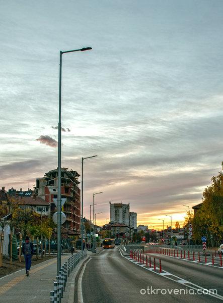 Градски ескизи - утро на моята улица