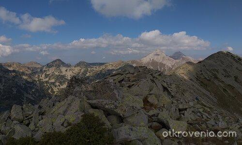 По билото на връх Тодорка