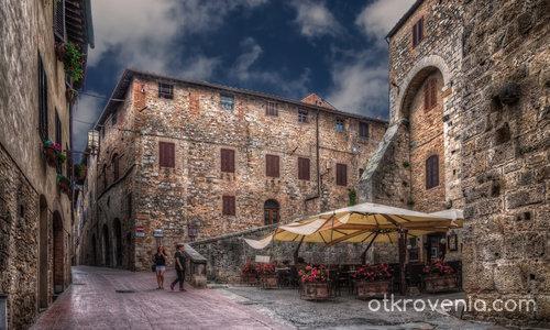 По улиците на San Gimignano