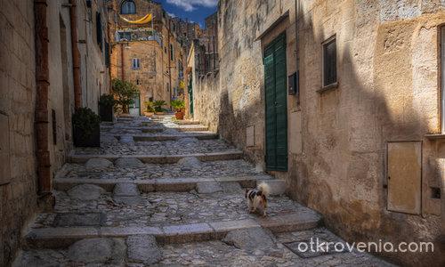 С водач по непознатите улички на града - Matera