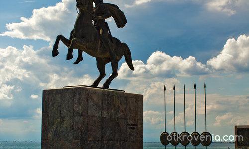 Солун, паметникът на Алексанър Македонски