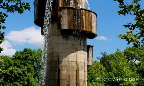 Водната кула в Монтето