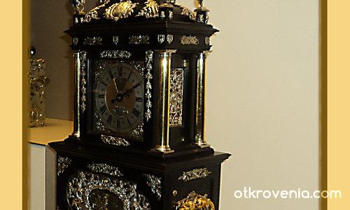 Старият часовник си върви...