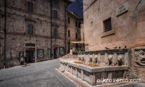 Piazza San Rufino - Assisi