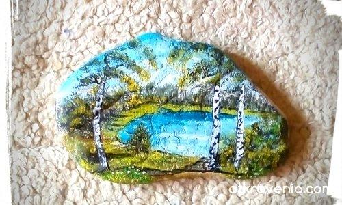 Рисувани камъчета с акрил