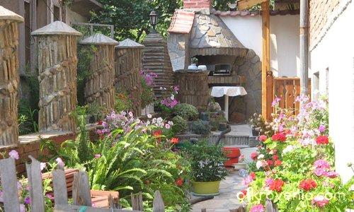 Домът на Българката [1]