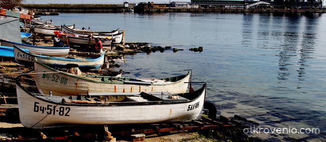 Не, неделя не е ден за почивка... Рибарите на Балчик...