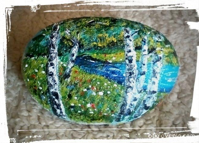 Брезички с акрил върху камъче