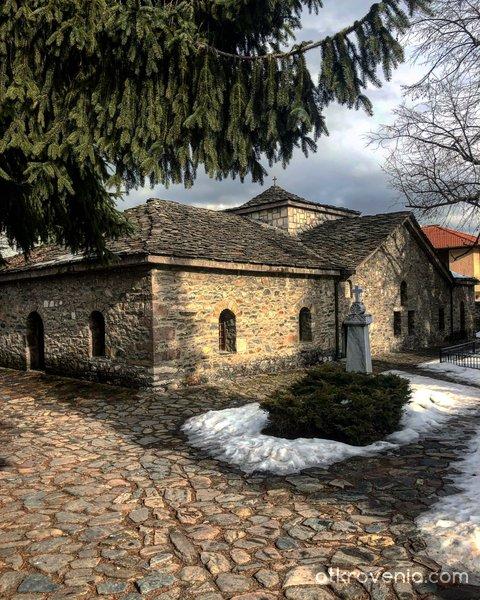 Църквата Св. Неделя