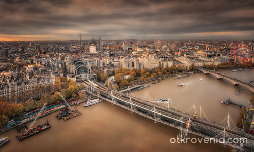 Hungerford Bridge, Jubilee Bridges & Waterloo Brid