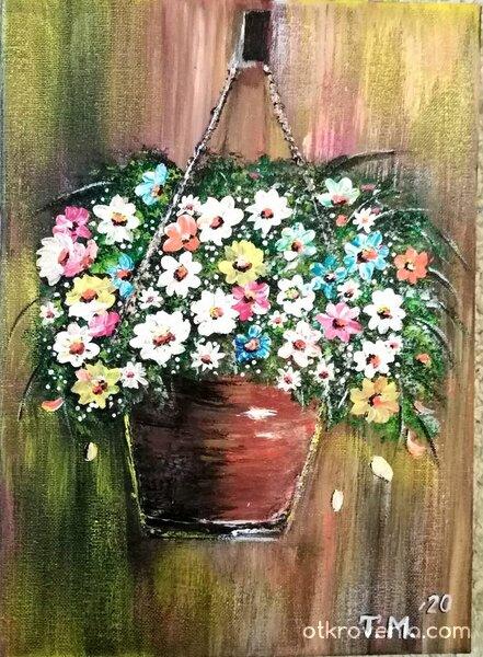 Саксия с цветя