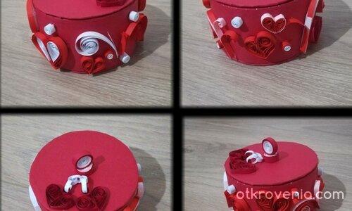 """Кутийка """"Любов в бяло и червено"""""""