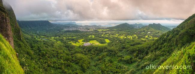 Поглед от Ko'olau Mountains