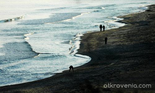 По брега