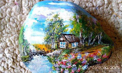 Рисуван камък