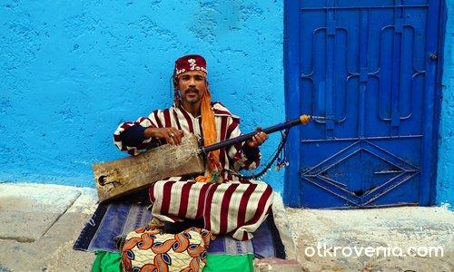 Уличен музикант в Рабат