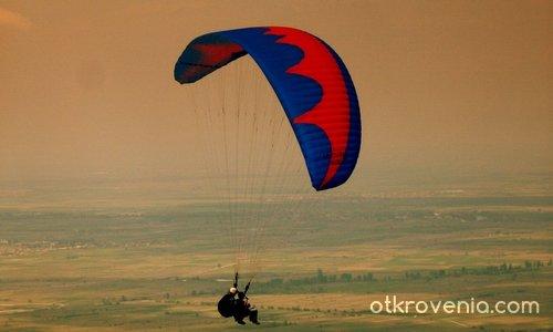 tandem flight over Rodopi mountain