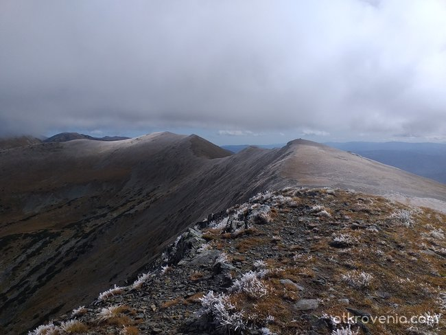 Поглед от Голям Мечи връх /2617 м н.в./