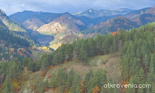 Есенна светлина в Родопа